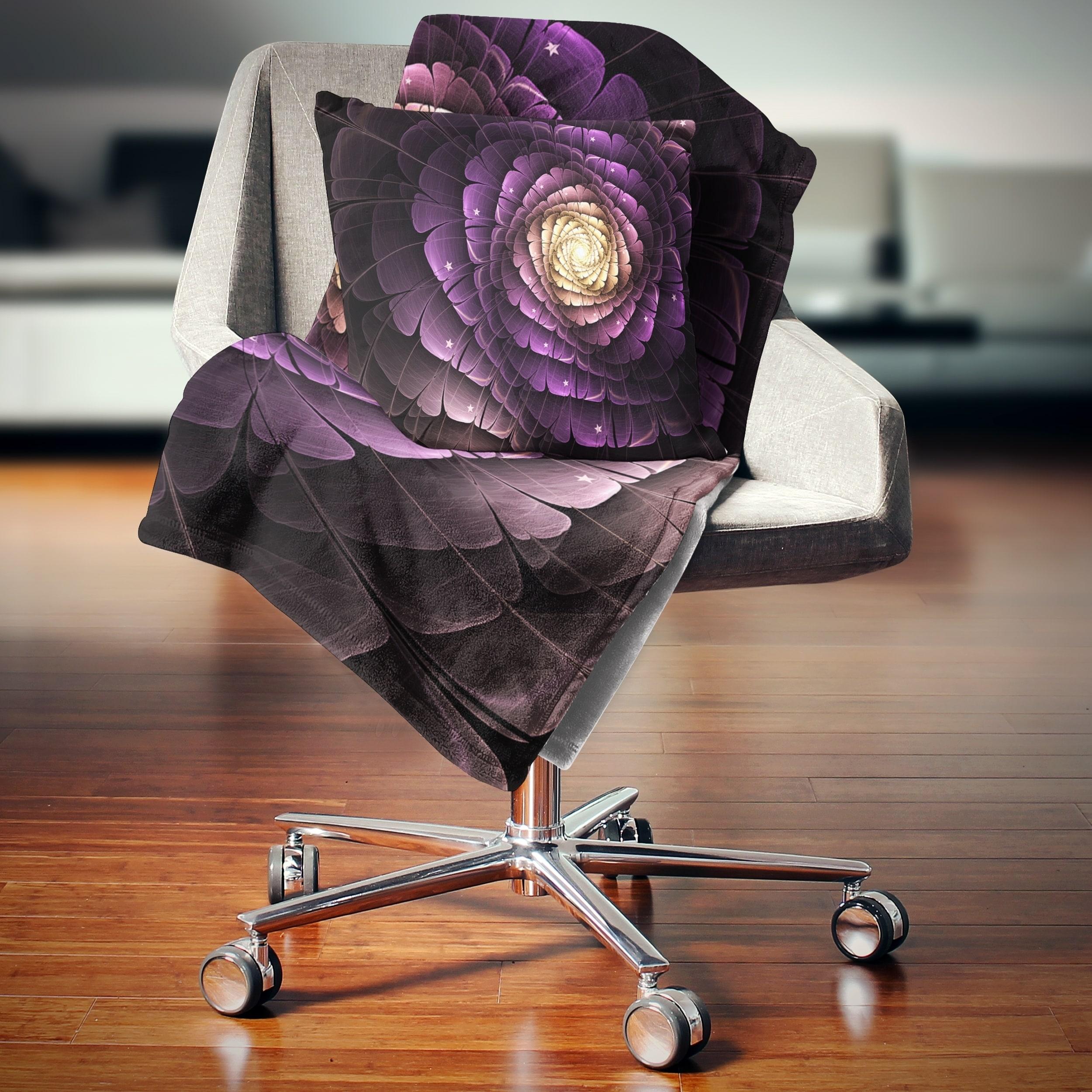 Designart Fractal Flower Light Purple Digital Art Flower Throw Blanket On Sale Overstock 20915660 71 In X 59 In