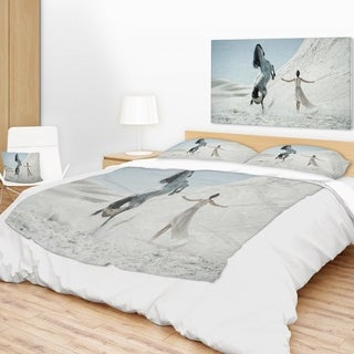 Designart 'Huge Horse and Lady on Desert' Animal Throw Blanket