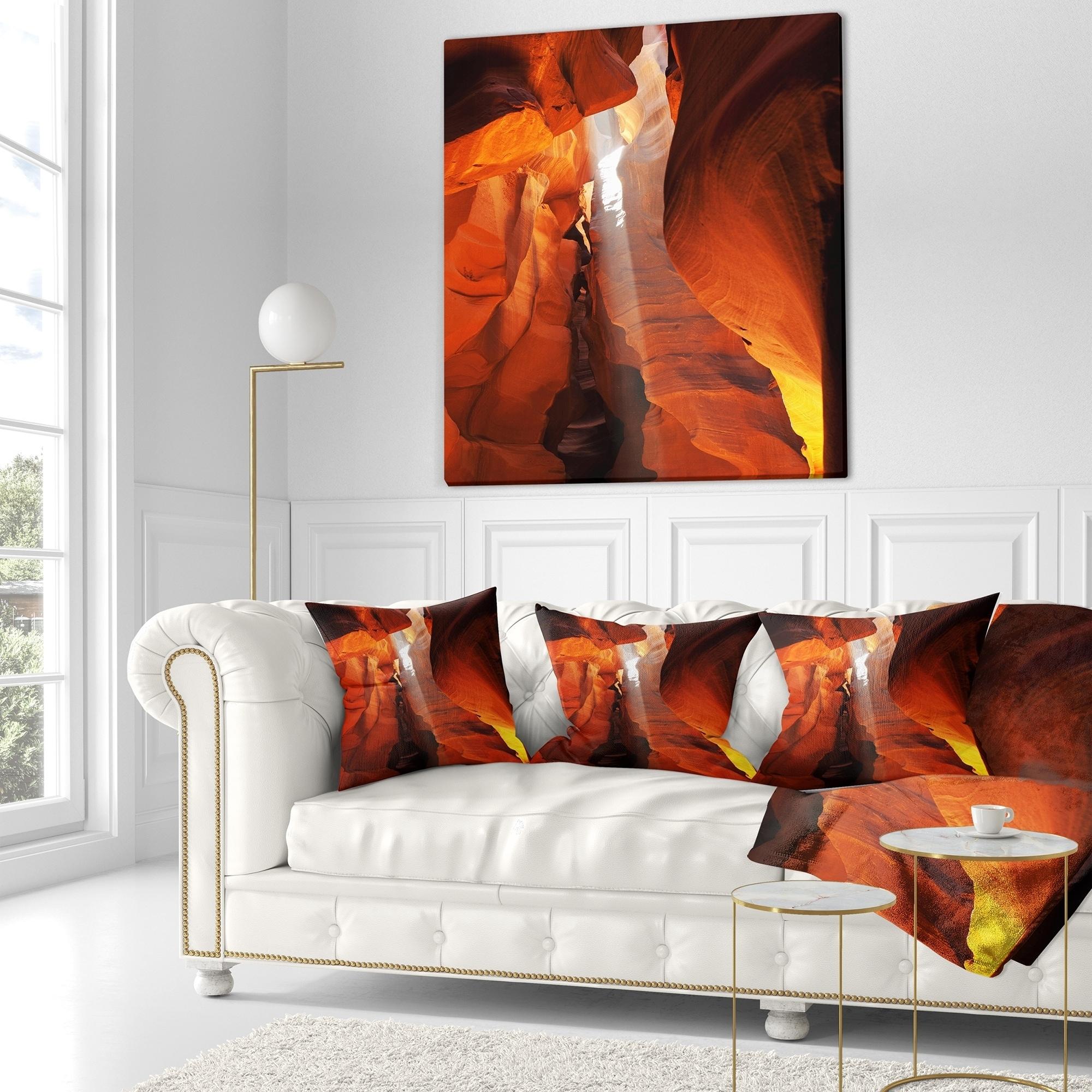 Designart Antelope Canyon In Sunlight Rays African Landscape Fleece Throw Blanket On Sale Overstock 20916367 59 In X 71 In