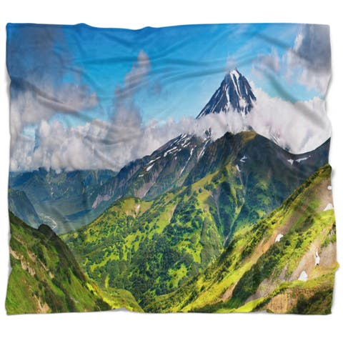 Designart 'Discontinued product' Landscape Fleece Throw Blanket