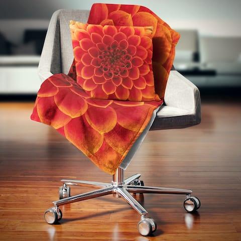 Designart 'Close Up Orange Flower Petals' Floral Throw Blanket