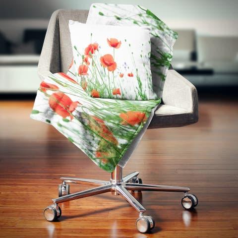 Designart 'Poppy Flowers on White Background' Floral Throw Blanket