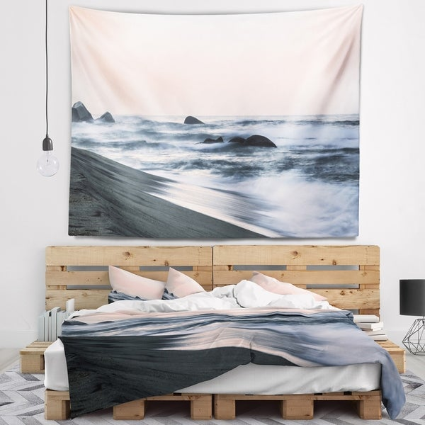 Designart 'Wonderful Long Exposure Sea Waves' Beach Photo Wall Tapestry