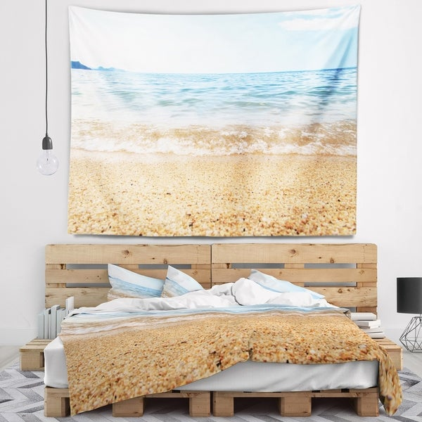 Designart 'Blue Seashore with Pebble Stones' Modern Seascape Wall Tapestry