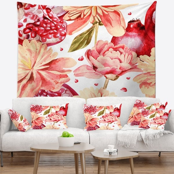 Designart 'Flowers beyond the Edges' Floral Wall Tapestry