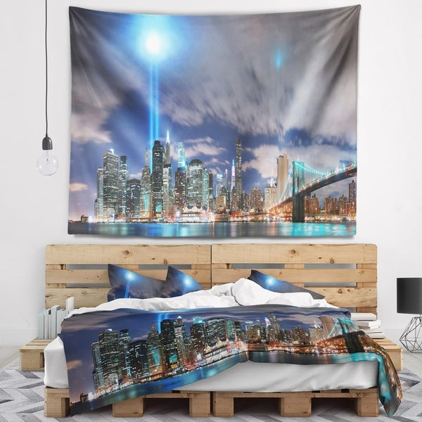 Designart 'Manhattan Panorama' Cityscape Photo Wall Tapestry