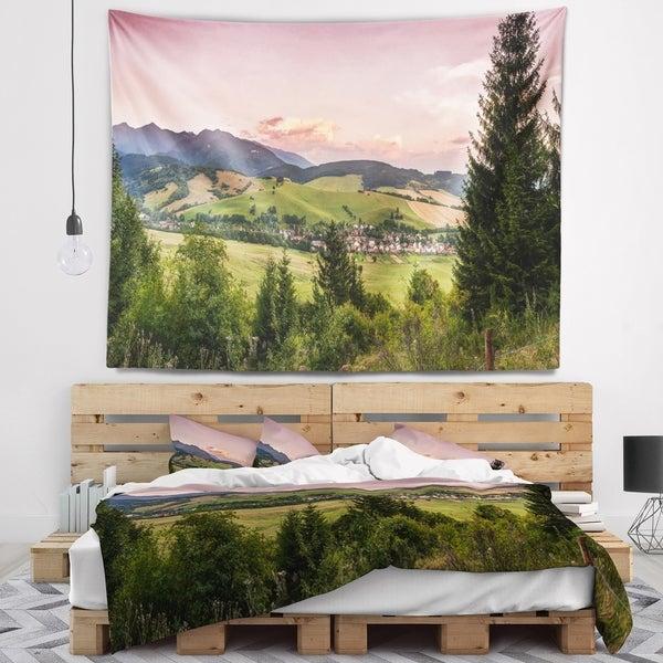 Designart 'Beautiful Stretch of Land Panorama' Landscape Wall Tapestry