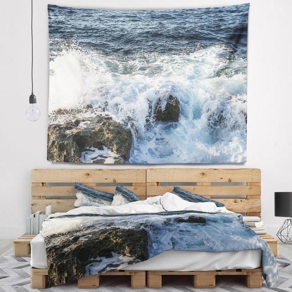 Designart 'Waves Breaking on Stony Beach' Seashore Wall Tapestry