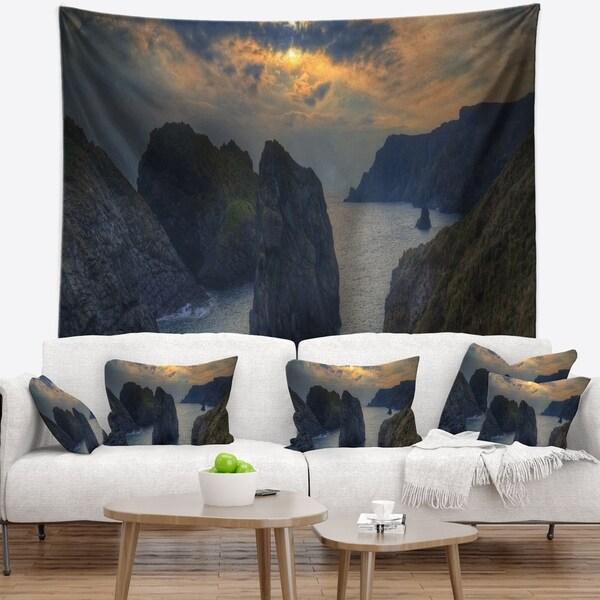 Designart 'Dark Rocky Panorama Coastline' Seashore Wall Tapestry