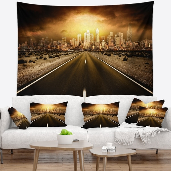 Designart 'World s End' Landscape Photography Wall Tapestry