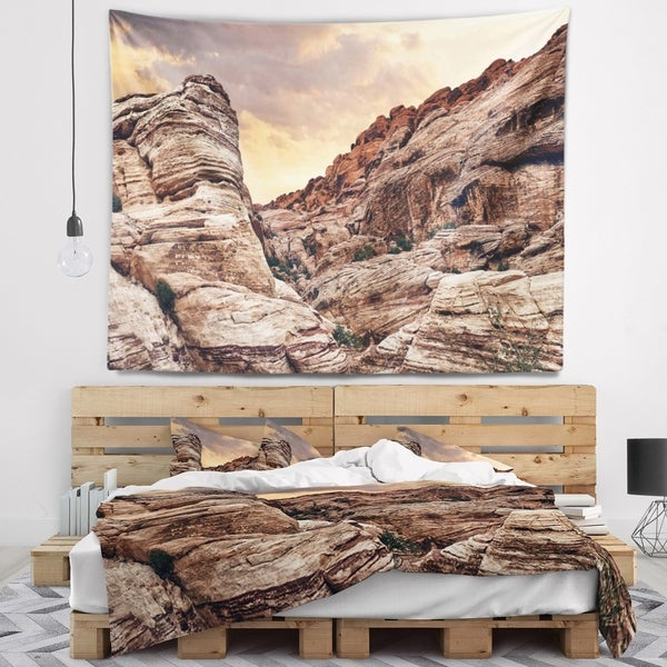 Designart 'Scenic Red Rock Canyon in Nevada' Landscape Wall Tapestry
