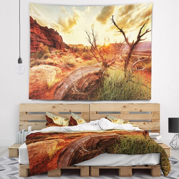 Designart 'Colorful Fall American Prairie' Landscape Wall Tapestry