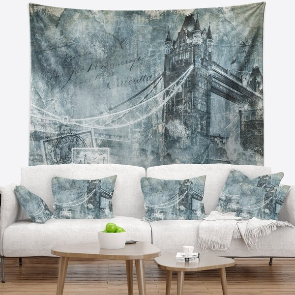 Designart 'Tower Bridge London' Contemporary Wall Tapestry