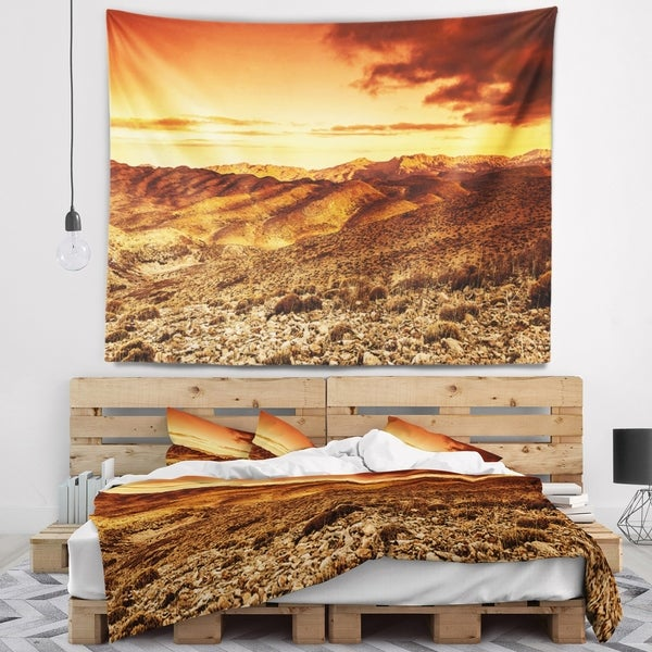 Designart 'Cloudy Dramatic Sunset in Desert' Landscape Wall Tapestry