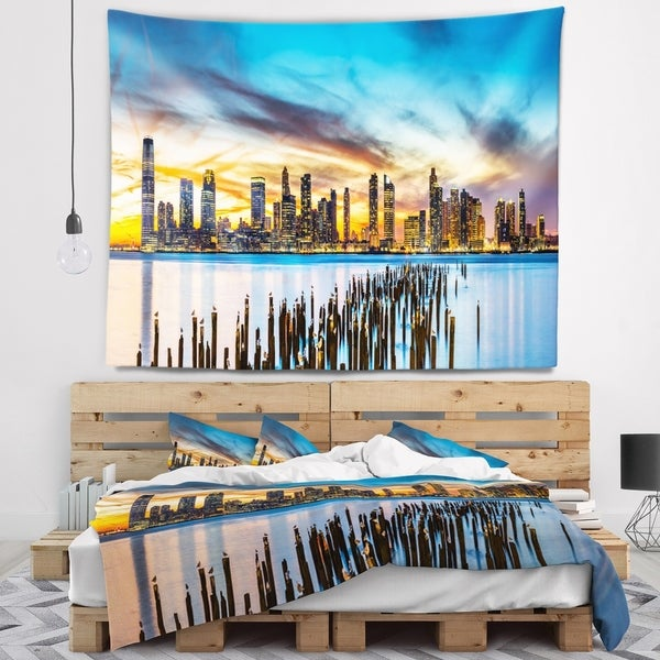 Designart 'Discontinued product' Cityscape Wall Tapestry