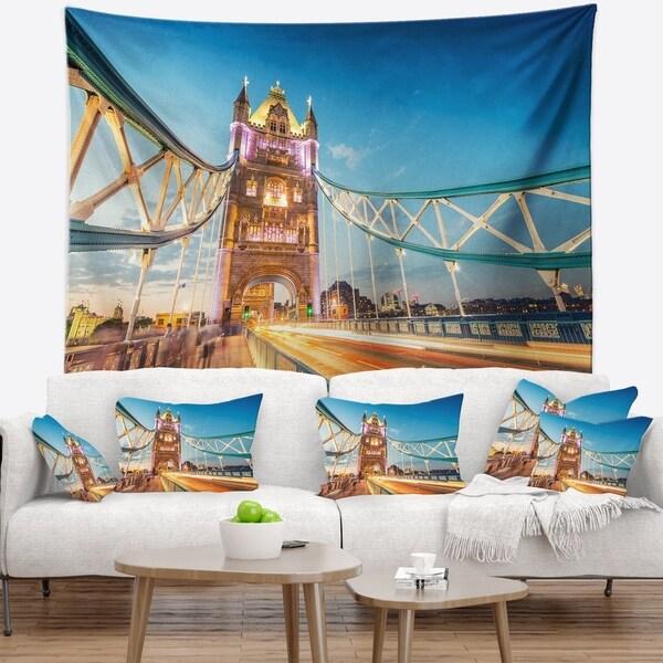 Designart 'Beautiful View of Tower Bridge London' Cityscape Wall Tapestry
