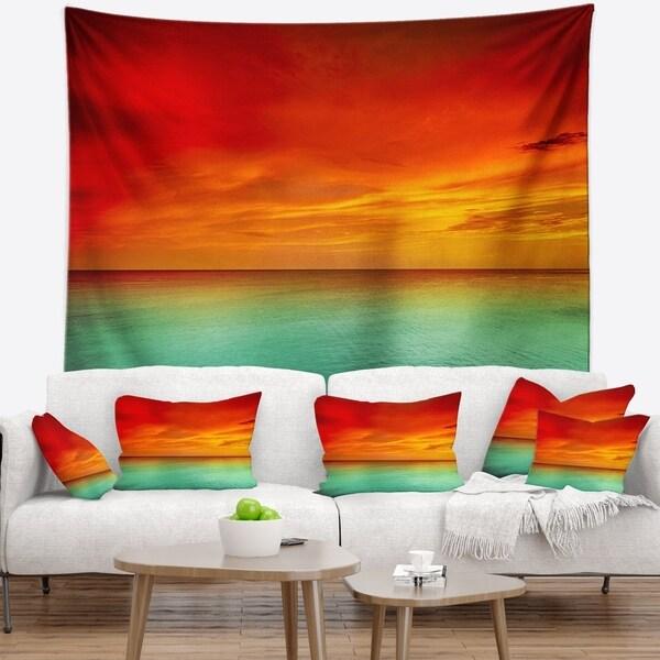Designart 'Discontinued product' Modern Seashore Wall Tapestry