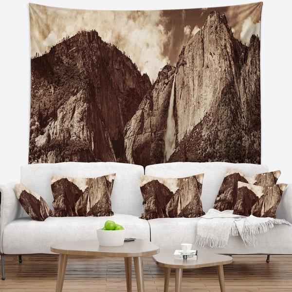 Designart 'Yosemite Waterfall Panorama' Seashore Wall Tapestry