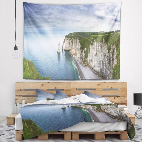 Designart 'Etretat Aval Cliff and Rocks' Oversized Beach Wall Tapestry