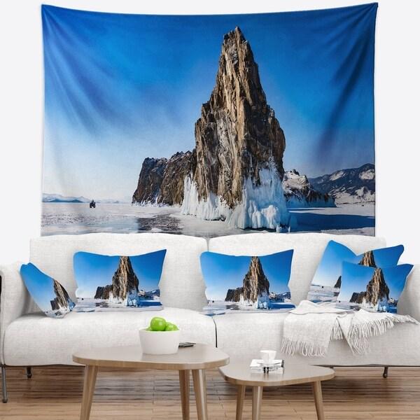 Designart 'Winter Lake Baikal Panorama' Seashore Wall Tapestry