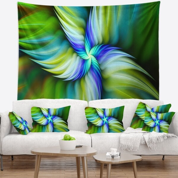 Designart 'Rotating Fractal Green Star' Floral Wall Tapestry