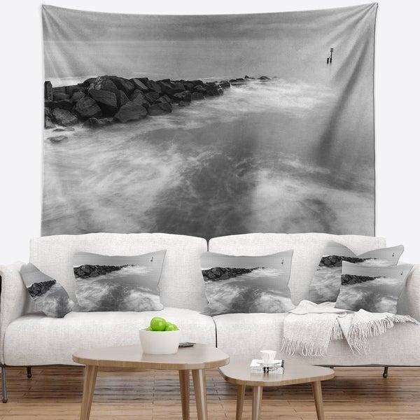 Designart 'Milky Waves Splashing Over Rocks' Modern Seascape Wall Tapestry