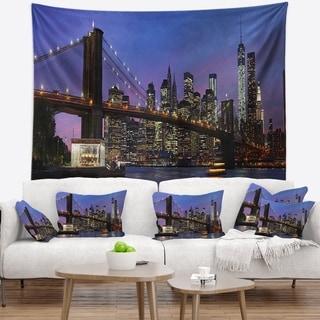 Designart 'Brooklyn Bridge and Manhattan at sunset' Wall Tapestry