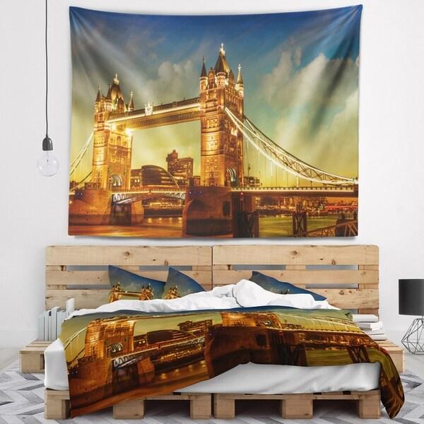 Designart 'Majesty of Tower Bridge' Cityscape Photography Wall Tapestry