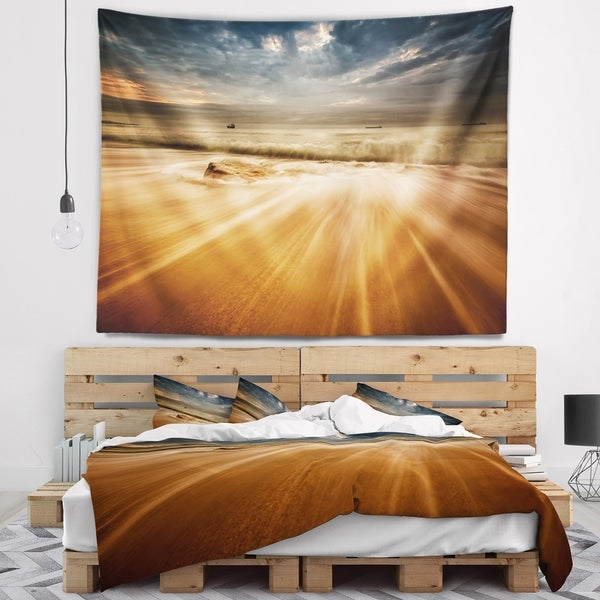 Designart 'Stormy Sea with Waves Flowing Out' Beach Photo Wall Tapestry