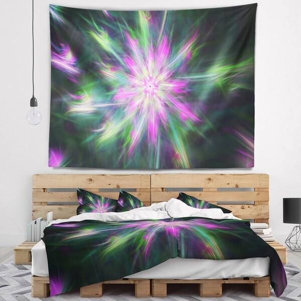 Designart 'Green Fractal Shining Bright Star' Abstract Wall Tapestry