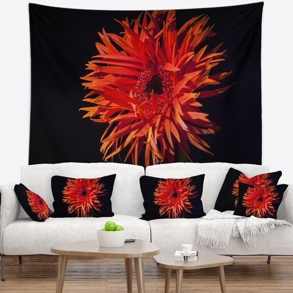 Designart 'Spider Gerbera Daisy Watercolor' Flowers Wall Tapestrywork