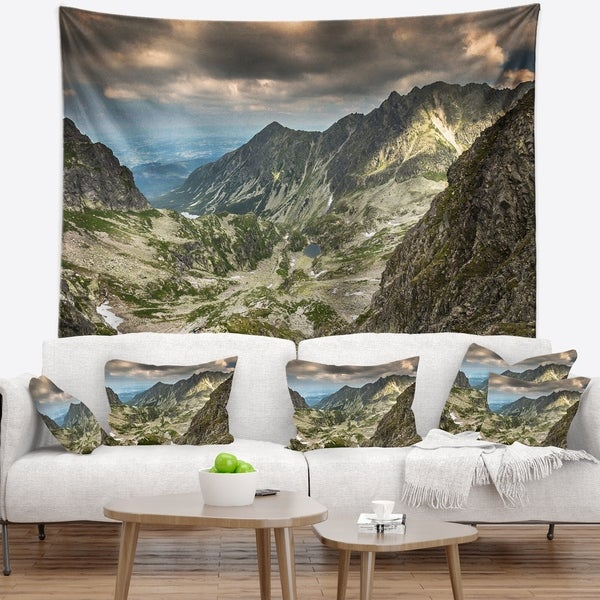 Designart 'Tatra Mountains from Hiking Trail' Landscape Photo Wall Tapestry