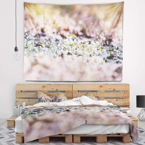 Designart 'Little White and Pink Flowers' Flower Wall Tapestry