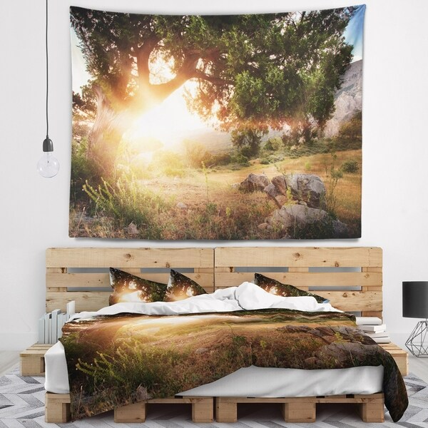 Designart 'Picturesque Foros Mountains' Abstract Wall Tapestry