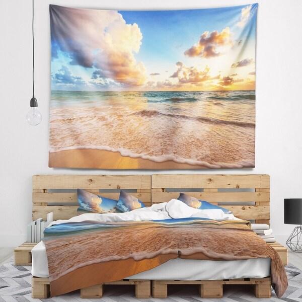Designart 'Beautiful Cloudscape over Beach' Beach Wall Tapestry