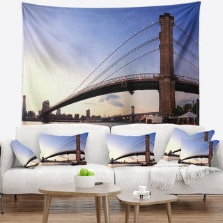 Designart 'Brooklyn Bridge in New York City' Cityscape Wall Tapestry