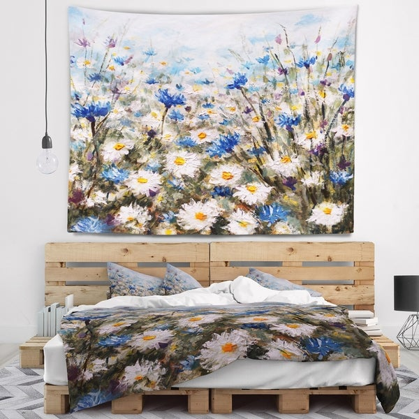 Designart 'Glade of Cornflowers and Daisies' Floral Wall Tapestry