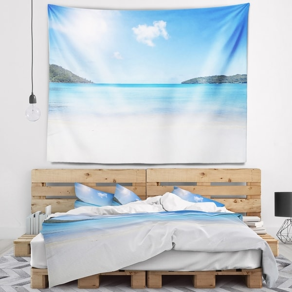 Designart 'Calm Beach of Azure Indian Ocean' Seashore Wall Tapestry