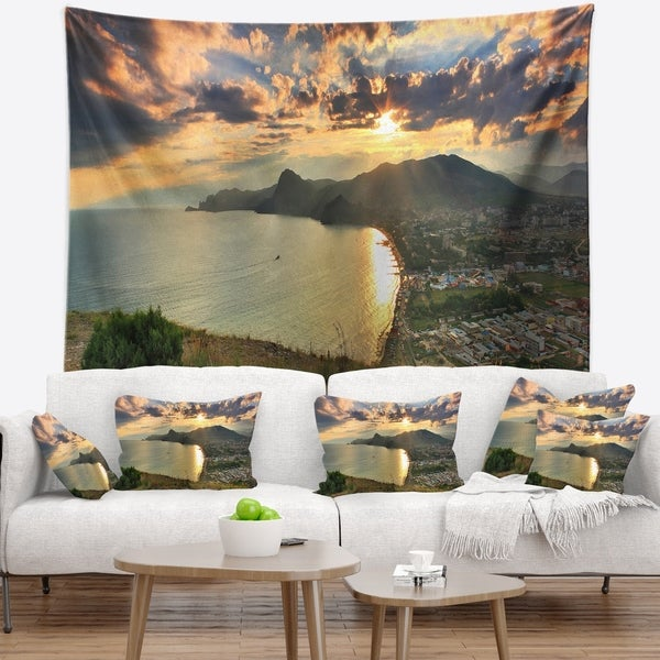 Designart 'Seashore from Top of the Hill' Modern Seascape Wall Tapestry