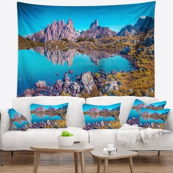 Designart 'Lago Rienza Ursprung Panorama' Seashore Wall Tapestry