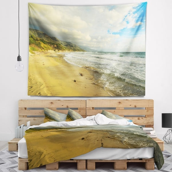 Designart 'Waves Meet Sand' Landscape Photography Wall Tapestry