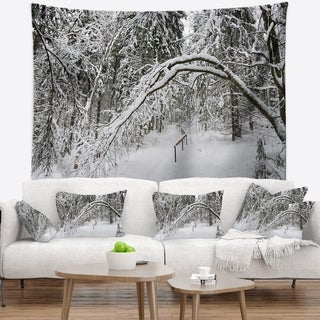 Designart 'Foggy Black and White Winter Forest' Modern Forest Wall Tapestry
