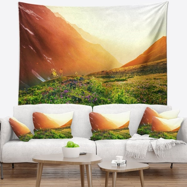 Designart 'Beautiful Meadow on Sunny Day' Landscape Wall Tapestry