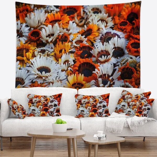 Designart 'Colorful Sunflowers in Garden' Floral Wall Tapestry
