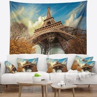 Designart 'Eiffel with Winter Vegetation' Skyline Photography Wall Tapestry