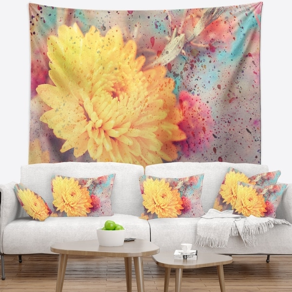 Designart 'Aster Flower with Watercolor Splashes' Flower Wall Tapestry