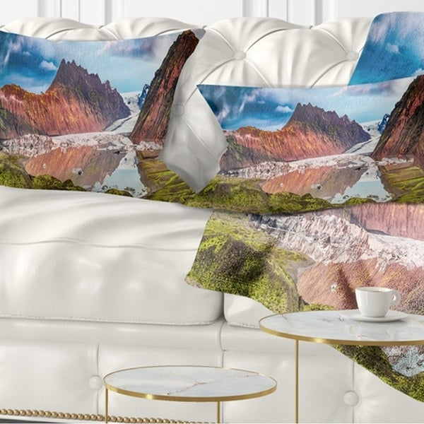 Designart 'Discontinued product' Seashore Throw Pillow