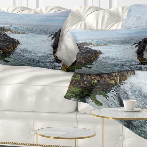 Designart 'Splashing Waters to Mossy Rock' Seashore Throw Pillow