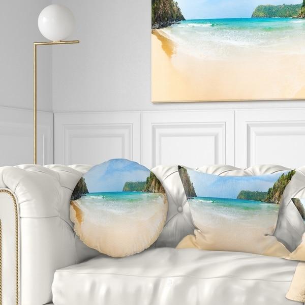 Designart 'Discontinued product' Modern Seascape Throw Pillow