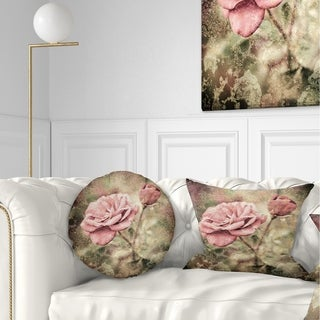 Designart 'Vintage Pink Roses with Water Drops' Floral Throw Pillow